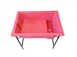 Banheira Pequena Com Degrau E Suporte De Ferro - Rosa